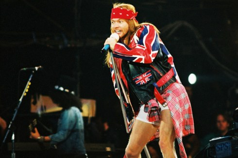 Axl-Rose-on-the-loose